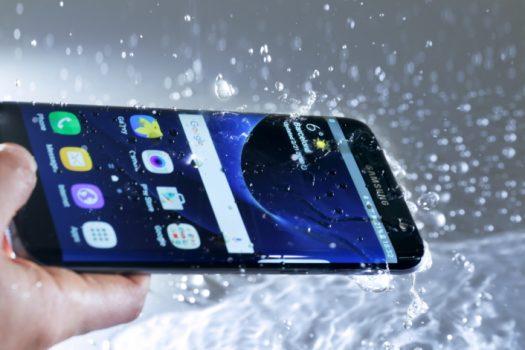 Conoce más sobre la protección contra el agua de los móviles