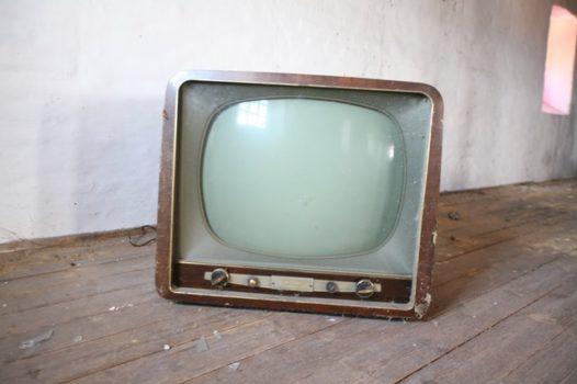 Quien inventó el televisor