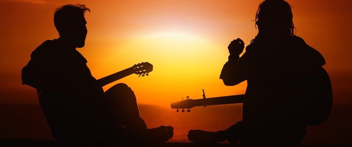 7 grandes consejos para aprender a tocar la guitarra más rápido